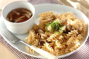 キノコパスタと野菜スープ