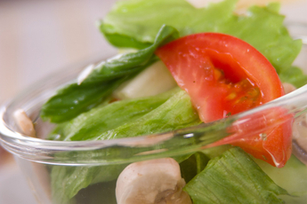 トマトとレタスのサラダ