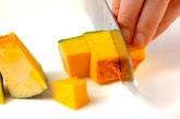 ソーセージのトマト煮の下準備3