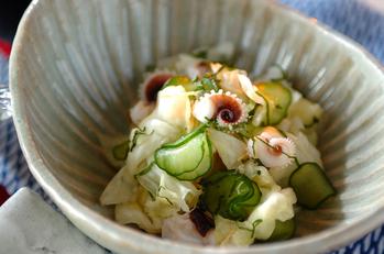 ゆでイカゲソと野菜の和え物