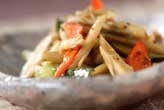 ゴボウの辛味炒めサラダ