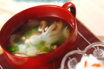ワンタン風中華スープ