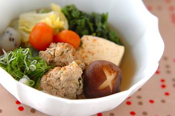 豚肉団子と白菜の煮物