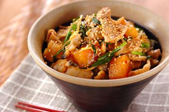 豚肉とアサリのカクテキ丼