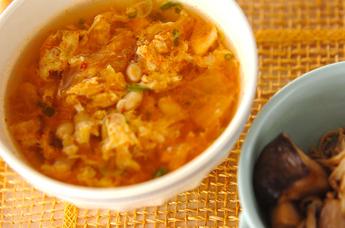 キムチと大豆のスープ