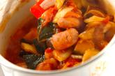 トロトロ卵入り夏野菜のトマト煮の作り方2