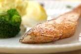 鮭のムニエルとポテト