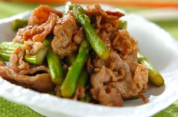 豚肉とアスパラの炒め物