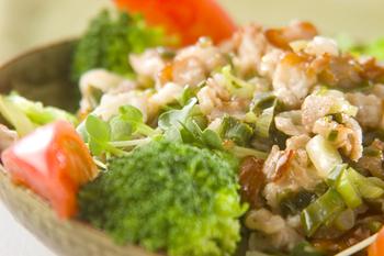 野菜のネギ豚ソース