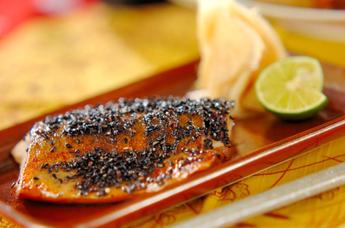 塩サバの黒七味焼き