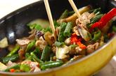 豚肉とナスのゴマ炒めの作り方2
