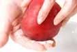 リンゴとレタスのサラダの下準備1