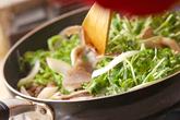 牛肉とキノコの炒め物の作り方1