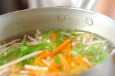 エビとモヤシの温サラダの作り方2