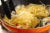 エノキとバジルのペペロンチーノの作り方2