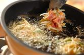 モヤシと豚肉のかき揚げの作り方3
