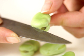 ゆでソラ豆の作り方1