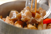 鶏肉と栗の煮込みの作り方1