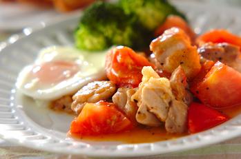 鶏とトマトの黒コショウ炒め