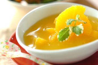 オレンジの寒天デザート