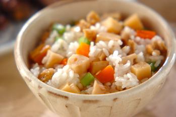 タケノコの混ぜご飯