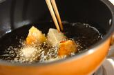 里芋とカボチャの唐揚げの作り方3