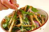 水菜と揚げの和風サラダの作り方2