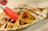 たっぷりアップルパイの作り方6