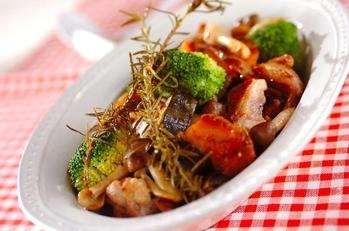 鶏肉と野菜の蒸し煮