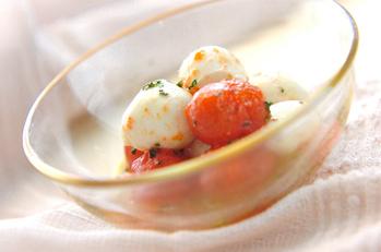 トマトとチーズのマリネ