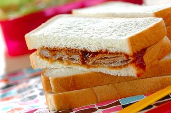 カツサンドイッチ