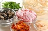 豚肉とアサリのキムチ炒めの下準備1