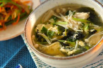 ワカメのふんわり卵スープ