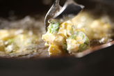 枝豆とコーンの落とし揚げの作り方2