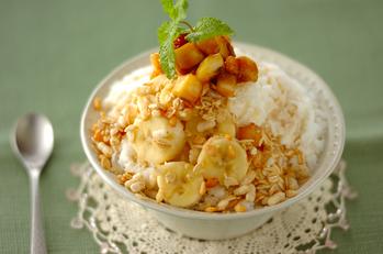 バナナミルク&キャラメルソースの台湾風かき氷