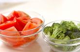 トマトのナンプラー和えの下準備1