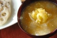 白菜と玉ネギのみそ汁
