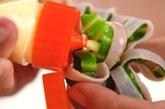 ハムとキャベツのお花の作り方2
