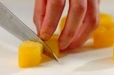 ヨーグルトとパイナップルのムースの下準備3