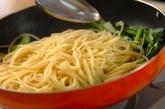 小松菜とベーコンのカルボナーラの作り方3