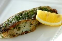白身魚の香草ムニエル