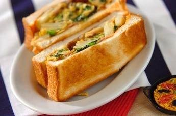 スペイン風オムレツサンドイッチ