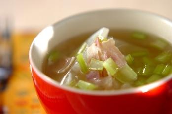 カブとベーコンのスープ