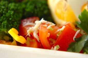 トマトとシラスの甘酢和え