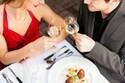 初デートの食事代どちらが払うべき? 予算は2人で5000円!?