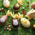 フレデリック カッセルのイースター、絵文字風のウサギが描かれたエッグ型チョコ