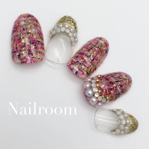 Instagram @Nailroom