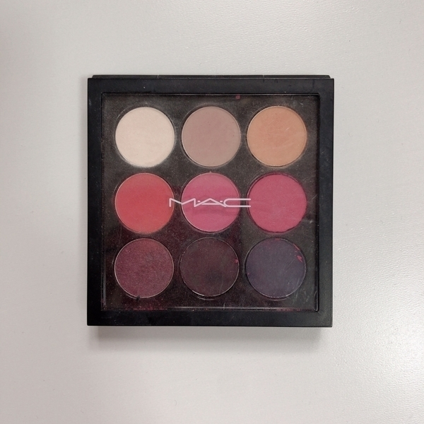 マック(MAC) スモールアイシャドウ×9 Red Hot Times Nine Eyeshadow Palette