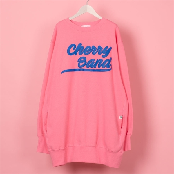 Vannie TOKYO『Little sunny bite cherry band big sweater』 17064円(税込)