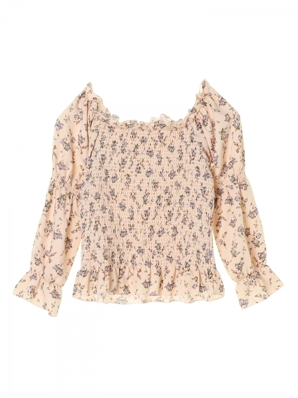 flower offshoul puff blouse 8,990円(税別)